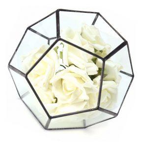 caja de vidrio maceta con rosas