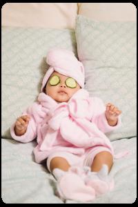Canastillas con productos para bebés