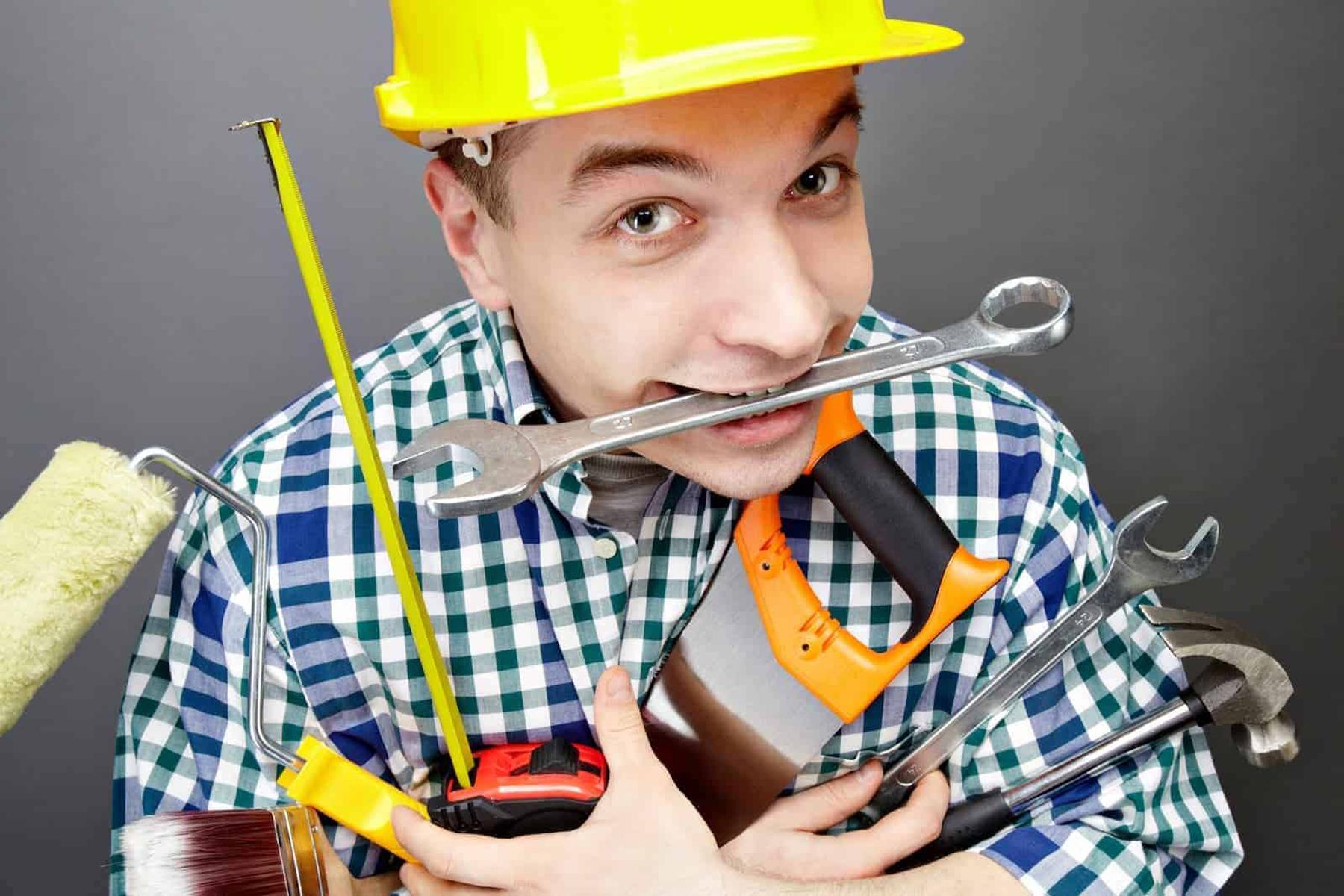 Las 20 herramientas y accesorios básicos e imprescindibles que debería tener tu caja de herramientas completa