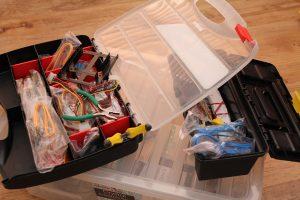 Cajas de herramientas pequeñas con compartimentos