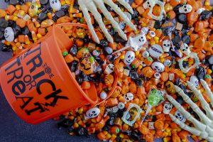 Ideas decorativas DIY para entregar dulces en Halloween...¡allá vamos!!!