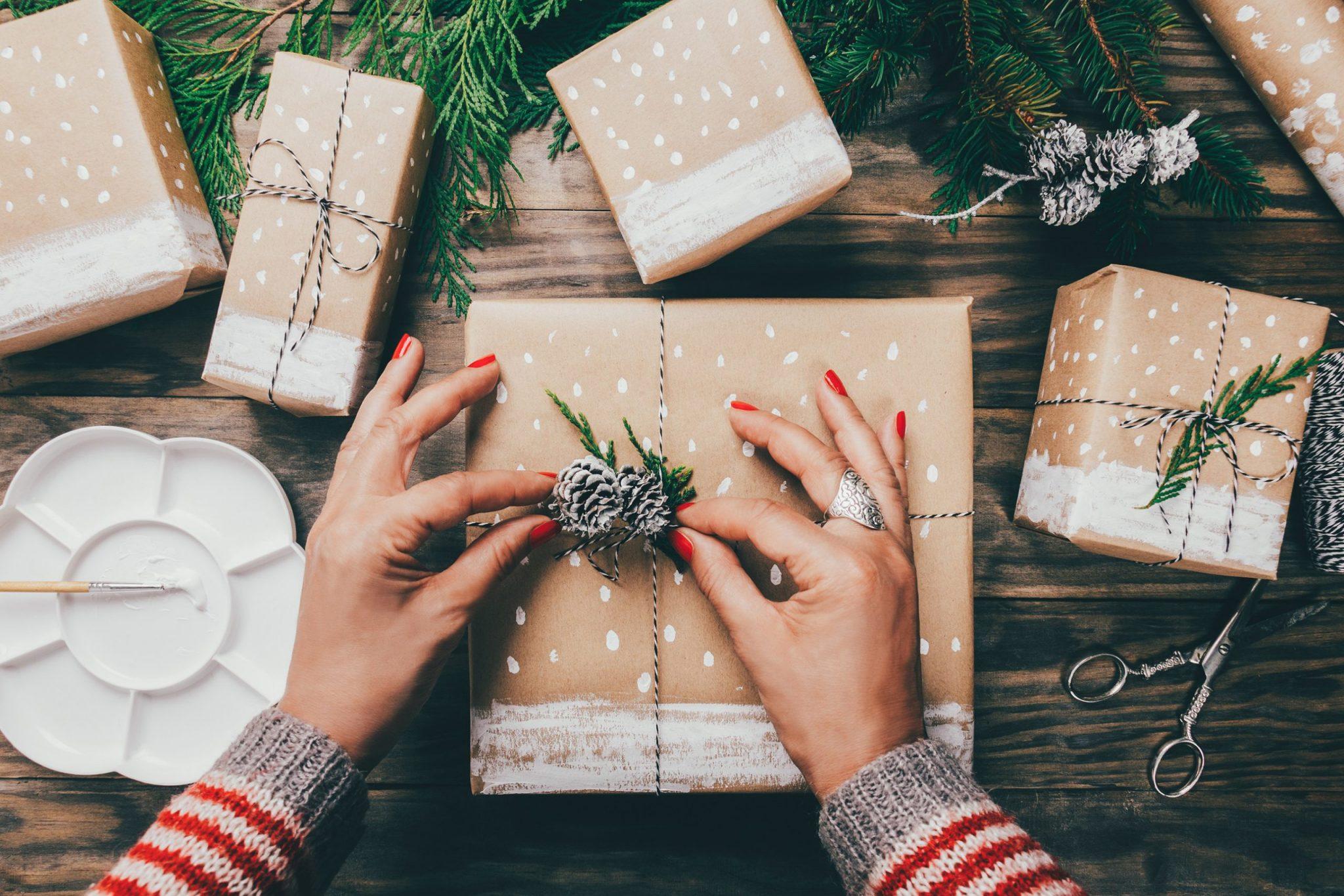 25 Ideas para adornar cajas de navidad