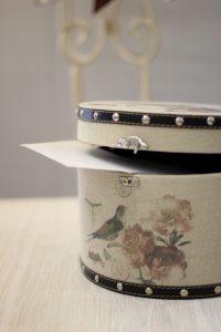 ¿Quieres conocer a las reinas de la elegancia y la decoración vintage por antonomasia para los amantes del buen diseño de interiores?